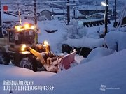 北陸は再び一晩で大量の積雪 除雪作業は入念な安全確認を