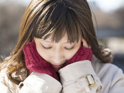 【皮膚科医監修】なぜ、冬は頬が赤くなるの? 気になる原因と対策
