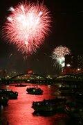 今夏の隅田川花火大会は中止 来場者らの「安全確保を第一として」