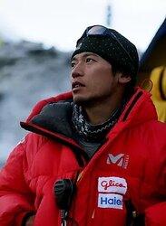 画像:登山家の栗城史多さんが死去 エベレスト下山途中に遺体で発見 指を9本失っても挑戦続ける
