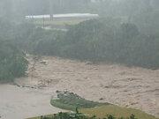 宮崎県都農町では3時間で163.5mmの雨、名貫川は氾濫か