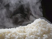 〇〇を入れるだけ!? お米を美味しく炊く裏ワザ