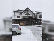 青森県酸ケ湯で今季初の本格的な積雪に
