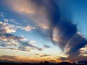 吊るし雲の一種か 佐賀などで巨大な渦巻く雲の目撃相次ぐ