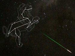 画像:週末、しし座流星群の活動がピークに