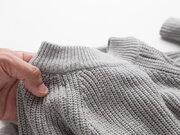 """静電気の季節、セーターの""""パチパチ""""を軽減する3つの方法"""