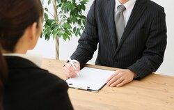 画像:面接で「なぜ他社ではなく弊社を?」と聞かれたらどう答える?「無難に答えられるかを見てるだけ」という声も