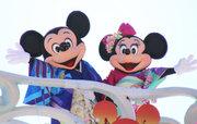 【ディズニー】ハーバーでも戌年をお祝い!シーの「ニューイヤーズ・グリーティング」