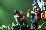 B'z、全国ツアー最終公演で『LIVE-GYM Pleasure 2018』の開催を発表
