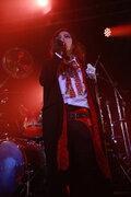 PENICILLIN、結成26周年ライブでサポートベーシスト・HIROKIの卒業を発表
