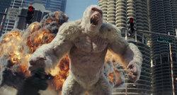 画像:ドウェイン・ジョンソン、巨大化が「トマラナイ」!今度は巨獣と大乱闘『ランペイジ』