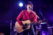菅田将暉、25歳の誕生日に地元・大阪でライブ!「ドメキス」主題歌を熱唱