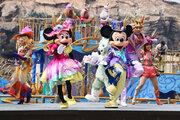 【ディズニー】ミッキー&ミニーが新コス早着替え!春の祭典「ディズニー・イースター」盛大に開幕