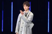 【第26回東京ガールズコレクションS/S】竹内涼真がサプライズ登場!「家ではほぼ服を着ていません」大胆告白!