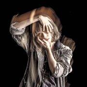 藤川千愛、アルバム『愛はヘッドフォンから』より「東京」MV公開