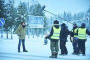 """登坂広臣、""""いい声""""で中条あやみの誕生日をお祝い!『雪の華』メイキング映像"""