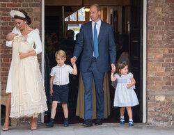 画像:英ルイ王子の洗礼式に、ウィリアム王子一家が勢ぞろい