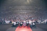 『青夏』葵わかな×佐野勇斗がMrs. GREEN APPLE LIVE in 福岡にサプライズ登場!