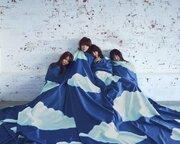 ねごと、映画『トリガール!』主題歌「空も飛べるはず」MVに土屋太鳳が出演