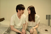 北川景子と田中圭が見つめ合う、千葉雄大の鋭い眼光も『スマホを落としただけなのに』場面写真一挙