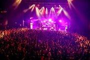 yonige、1stアルバムを引っ提げたフリーライブ『女の子の逆襲』が大盛況!