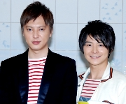 画像:(左から)塚本高史、小池徹平 (C)ORICON NewS inc.