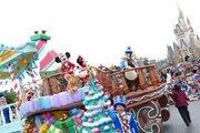 ディズニークリスマス開幕!TDLはパレード一新「クリスマス・ストーリーズ」お披露目