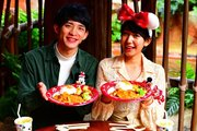 【ディズニー】パレ待ちしながら食べよう!グランマ・サラのキッチンのホリデー飯