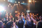 まさにSuper!!アイドルグループが魅せたちょっと大人なライブの中身は…