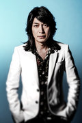 小野正利、1992年ミリオンヒット曲「You're the Only…」と新曲がMVで対決!?