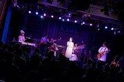 kainatsu、心温まるパフォーマンスで観客を魅了したデビュー13周年記念パーティー追加公演