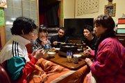 前野朋哉&森川葵、愛の告白に中井貴一は「きしょい!」『嘘八百』新映像入手