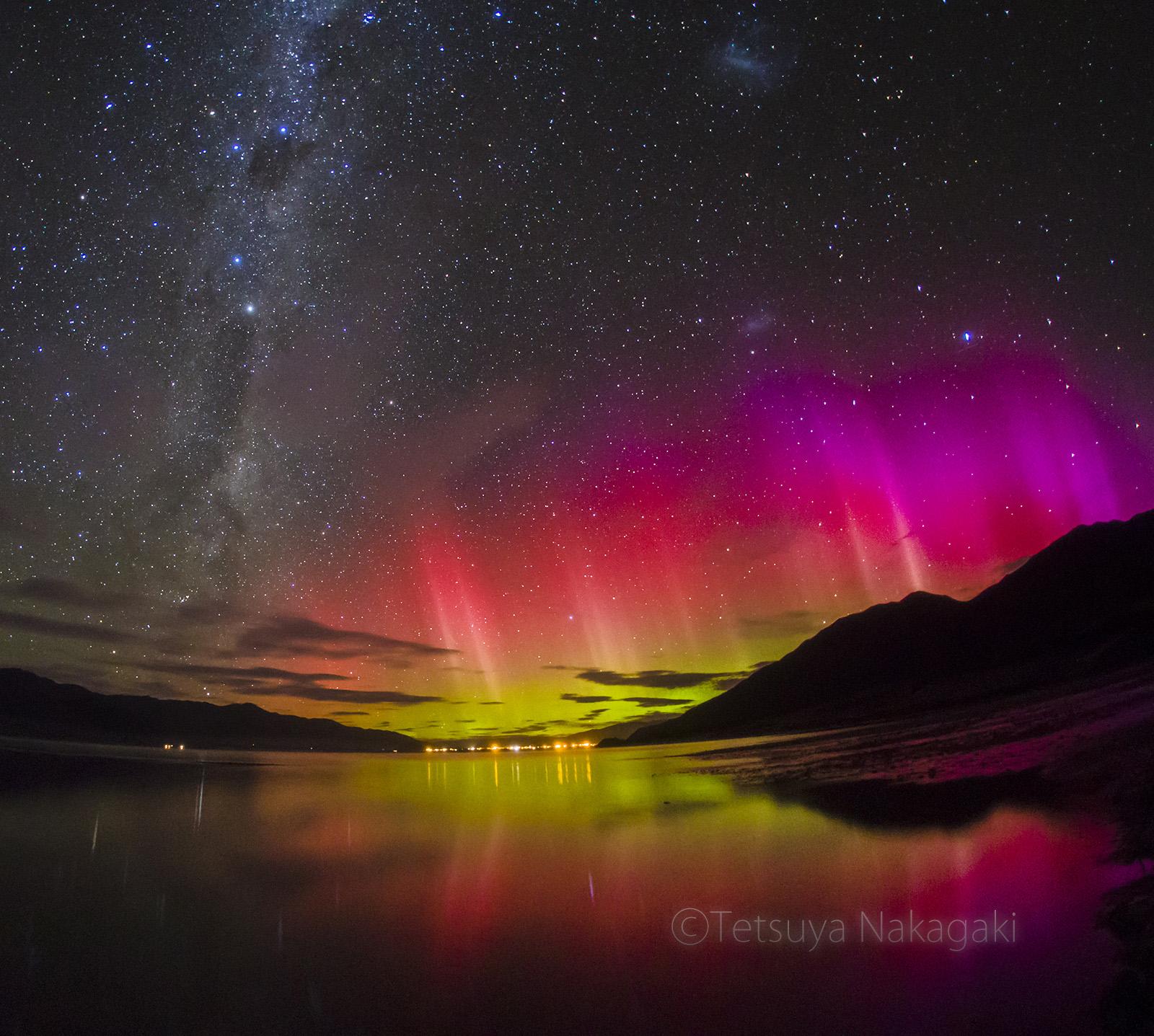 低緯度オーロラ/8秒露出 ISO8000 f2.8/ニュージーランド南島のハウェア湖にて4月16日20時ごろ