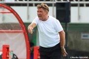 札幌がペトロヴィッチ監督との契約更新を発表! 就任4年目、巻き返しのシーズンへ