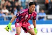 「無力さを痛感した1年」を経て…横浜FCの38歳GK南雄太、契約を更新