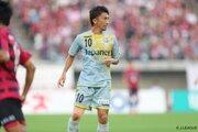 長崎のMF養父雄仁、藤枝に完全移籍で加入「J1昇格を果たせて嬉しかったです」