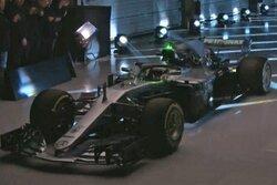 画像:メルセデスF1、タイトル5連覇を目指すニューマシン『W09 EQ Power+』を正式発表