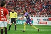 柴崎&稲垣弾で広島が逆転勝利! 敵地で浦和を下し開幕2連勝を飾る