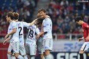 不調のG大阪が4ゴールで今季初勝利…甲府、広島が連勝飾る/ルヴァン杯GS第2節
