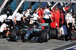 画像:ハミルトン「トップ3の差はわずか。わくわくするね」メルセデス F1オーストラリアGP金曜