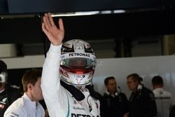 画像:ハミルトン、チームを叱咤激励「今回は絶対にフェラーリに負けるわけにはいかない」メルセデス F1中国GP金曜