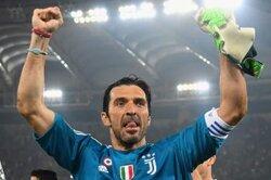 画像:ブッフォンに新たな勲章、300回目の無失点試合…イタリア杯決勝で達成