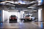 ポルシェの電気自動車オーナー向けに『ターボチャージングステーション』が虎ノ門ヒルズに開設