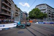 【ブログ】トラムのレール上を駆け抜けるマシンたち/ふとりカメラマンのフォーミュラEスイスE-Prixルポ