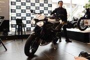 トライアンフがニューモデル発表会を開催。エンジン大幅刷新の新型スピードトリプルRSをアンベイル