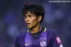 画像:広島の20歳MF長沼洋一、プロA契約を締結「よりチームの力に」