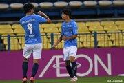 """横浜FCの18歳・斉藤光毅がJ1初得点。ゴールパフォーマンスは""""約束のブルーインパルス"""""""