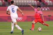 韓国、10人のルーマニアに4発快勝!…B組は全チーム勝ち点3で最終節へ