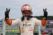 全日本F3第7戦:宮田莉朋がポール・トゥ・ウインで2連勝。笹原が3戦連続表彰台