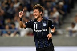 画像:G大阪が逆転勝利で34回目のダービーを制す! 首位・C大阪は第10節以来の黒星